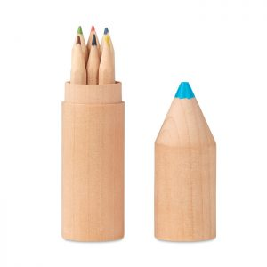 Wooden box with 6 pencils